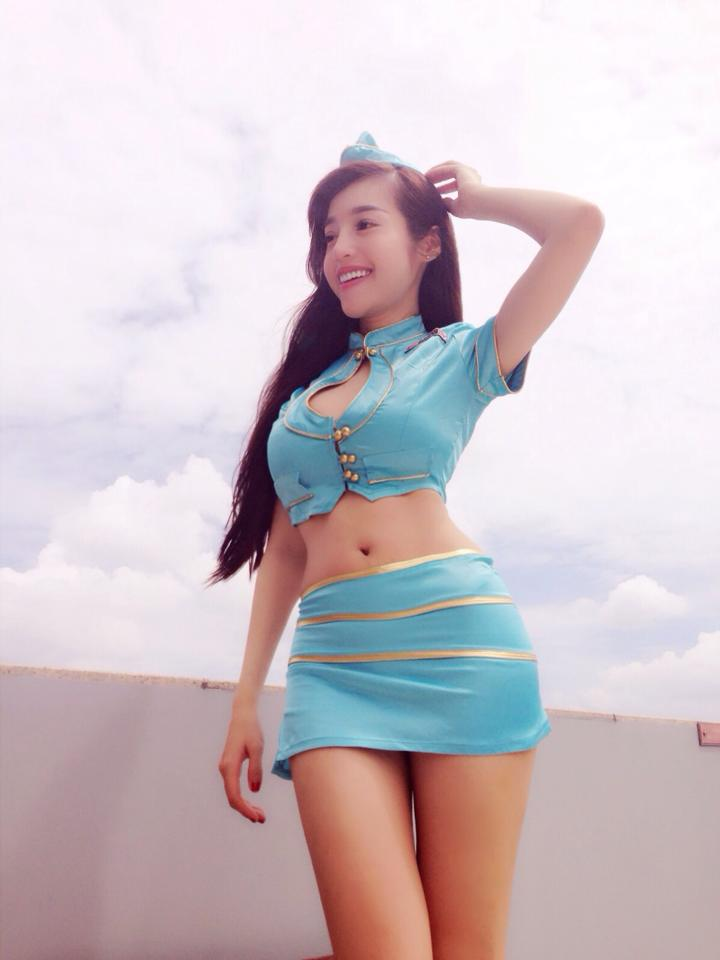 Ảnh hot girl Elly Trần